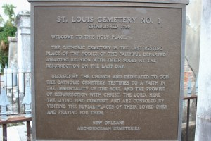 Welcome to Saint Louis Cemetery No. 1