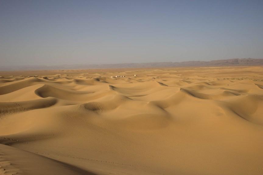 [img] Sahara Desert sand dunes Morocco travel tour