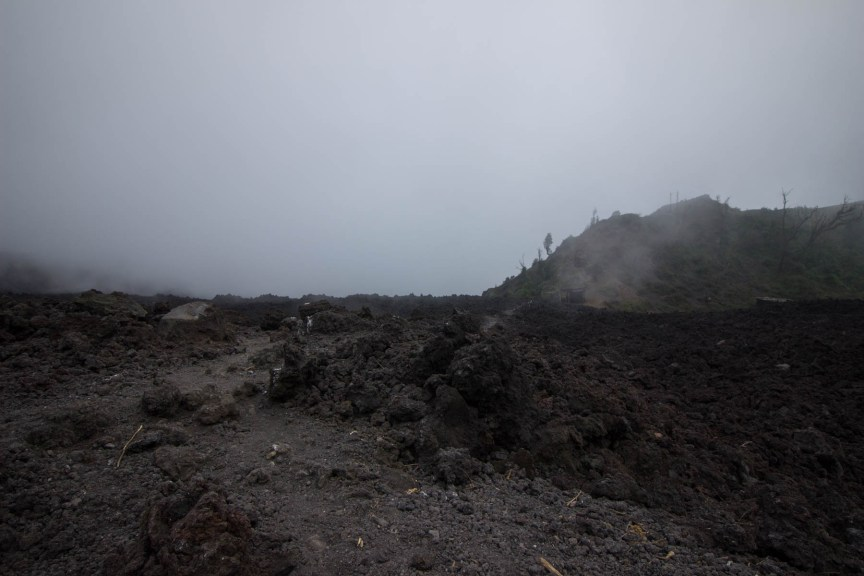 [img] hiking papaya volcano in antigua