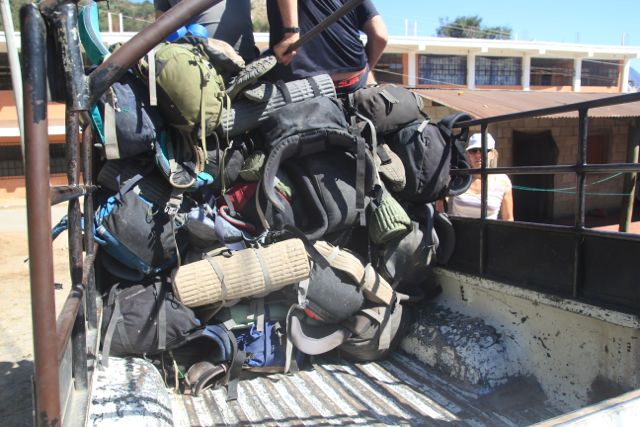 [img] bags in pickup truck Xela to Lake Atitlan Trek
