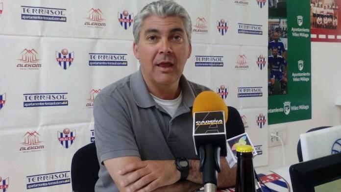 'Lluvia' de cese de entrenadores en la Tercera División