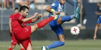 En la recta final, a pesar del cansancio físico,el equipo siguió luchando y obtuvo el premio del tercer gol. Borja Bastón, con una definición maravillosa de vaselina, batió a Rubén poniendo en pie a La Rosaleda (3-2, 84').