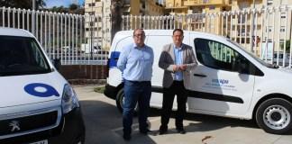 La empresa pública de Aguas y Saneamiento de la Axarquía dependiente de la Mancomunidad de Municipios de la Costa del Sol Axarquía ha adquirido cinco nuevos vehículos.
