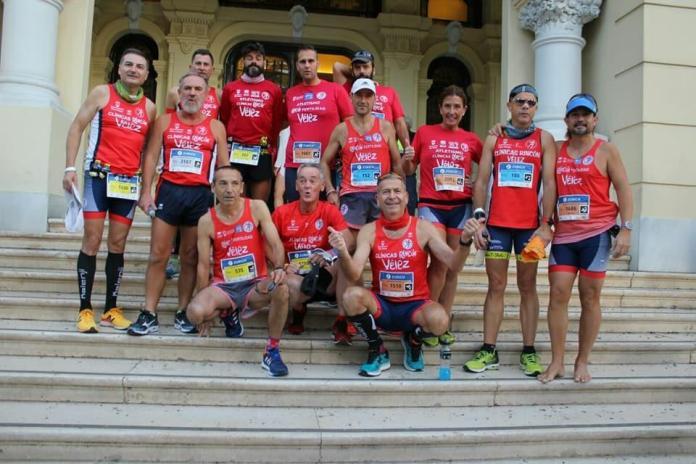 Una veintena de atletas veleños, en el Maratón de Málaga