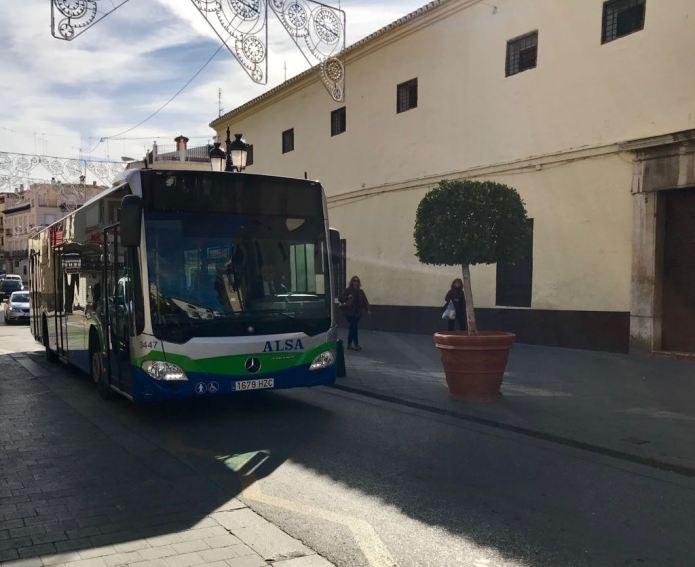 El transporte público supuso un coste de 1,7 millones de euros en 2017, casi 400.000 euros más que con el tranvía