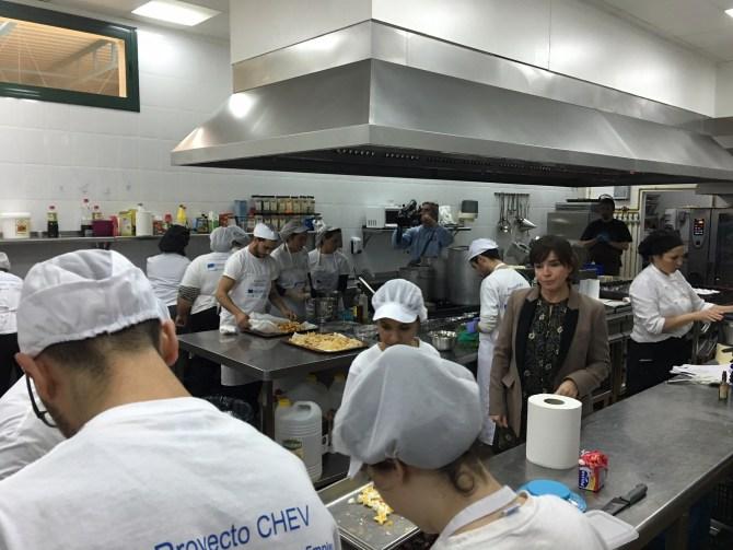 El Proyecto 'CHEV' forma a 90 jóvenes veleños para favorecer su inserción laboral en el sector hostelero