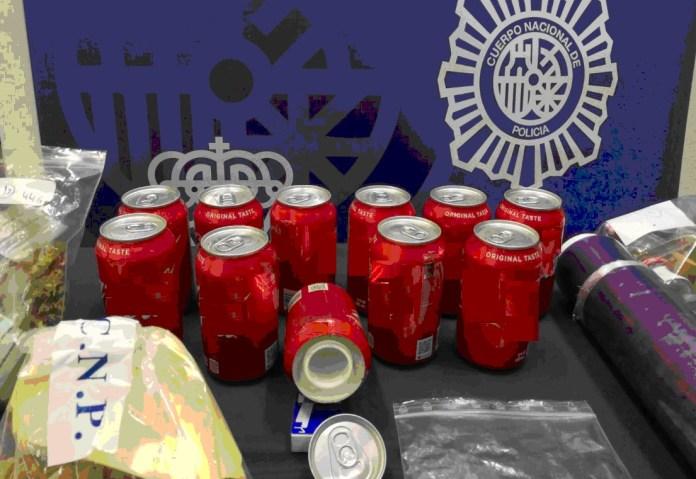 La Policía Nacional desmantela una asociación de cannabis en Benalmádena donde distribuían droga oculta en latas de refresco manipuladas