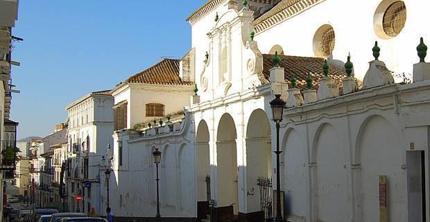 La Plataforma en Defensa de Las Claras exige que se conozcan los términos en que el Ayuntamiento está planteando la compra del convento a Unicaja