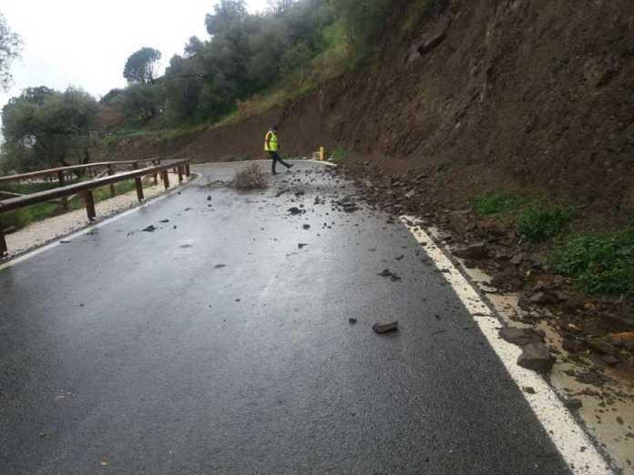 La noche deja 171 incidencias asociadas al temporal en su mayoría incidencias en carreteras, anegaciones y desprendimientos