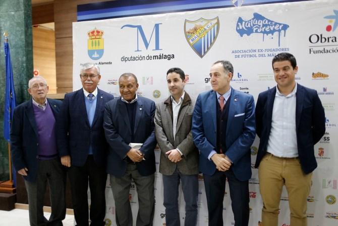 Un total de trece equipos se medirán en el torneo en busca de uno de los dos billetes disponibles para la fase final que se disputará en Oliva (Valencia) a finales de mayo.