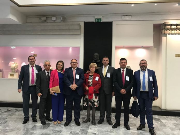 Alcaldes de la Axarquía acuden en Italia al nombramiento de la uva pasa como Sistema Ingenioso de Producción Agrícola Mundial (SIPAM)