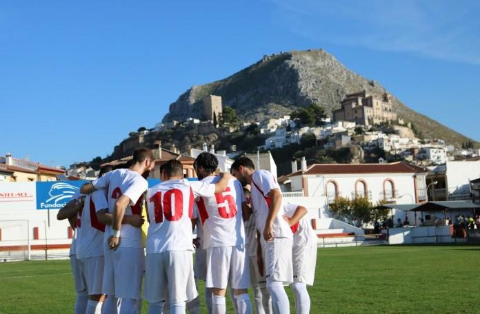 Una gran segunda parte sirve al Vélez para ganar en Martos (0-3)