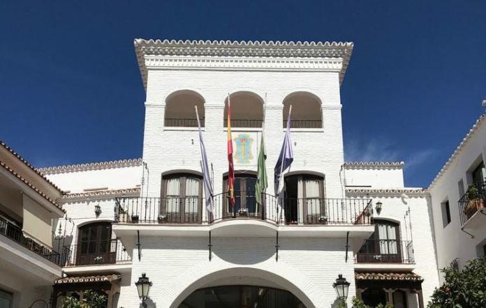 El PP de Nerja denuncia que el gobierno «llega tarde a San Isidro»