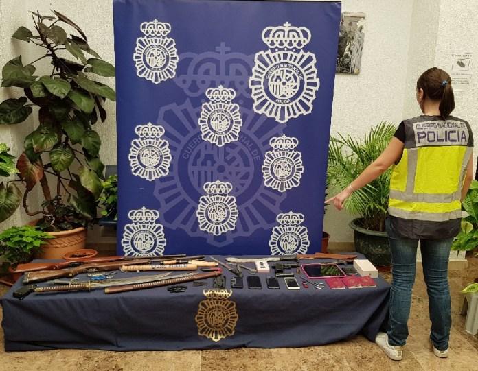La Policía Nacional detiene a ocho personas en relación a los recientes incidentes violentos en La Palmilla e interviene varias armas