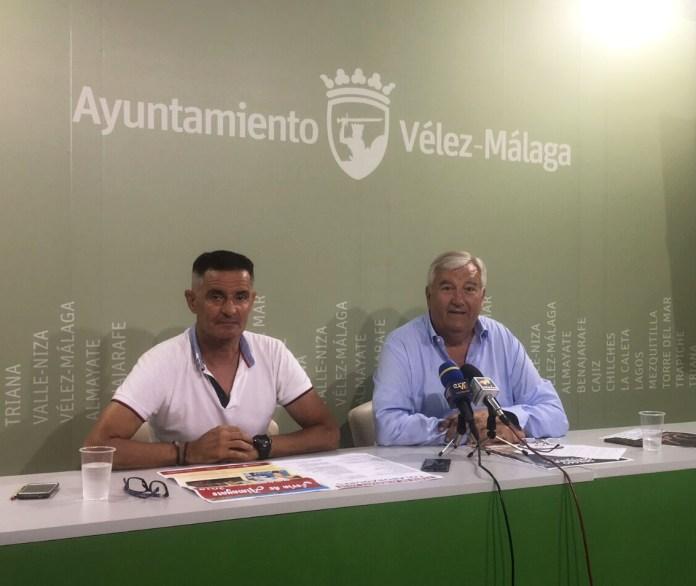 El teniente de alcalde Marcelino Méndez-Trelles ha presentado el programa de las fiestas junto a Antonio Padilla, de la Comisión de Festejos de la localidad, que tendrán lugar del 29 de junio al 1 de julio.