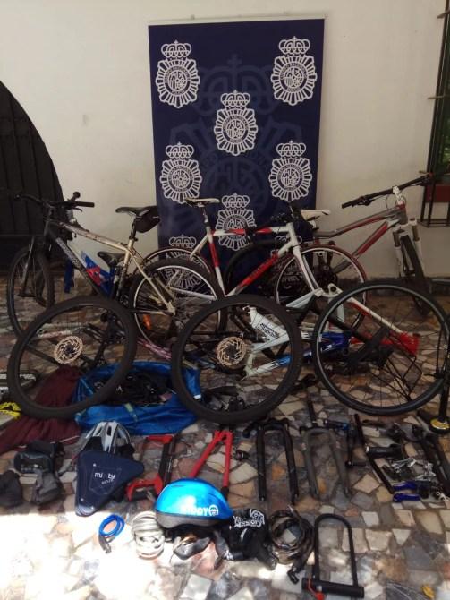 La Policía Nacional detiene en Málaga a dos hombres por el robo de 24 bicicletas para su posterior venta a través de Internet