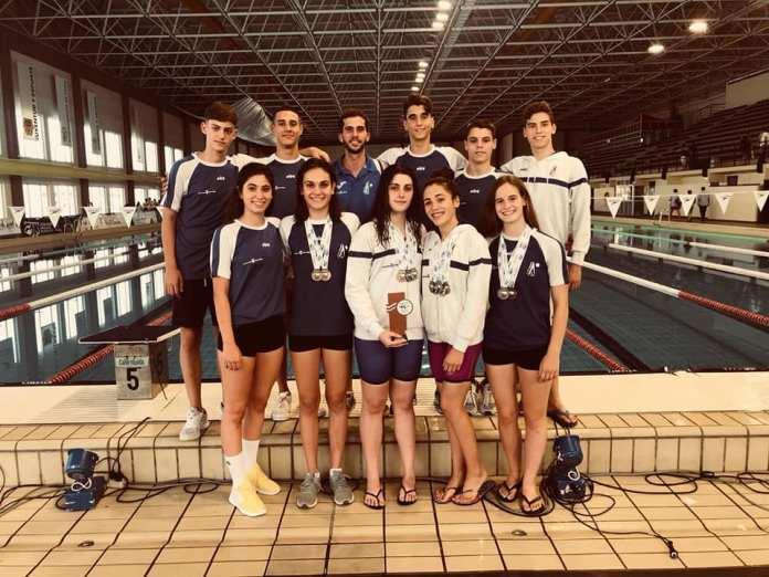 El Club Natación Axarquía obtiene la tercera posición femenina en el Campeonato de Andalucía Infantil