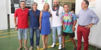 En el marco de su visita institucional a Marbella, Bendodo ha visitado, junto a la alcaldesa del municipio, Mª Ángeles Muñoz, las instalaciones de Frutas y Verduras Eladio, empresa adherida a 'Sabor a Málaga.