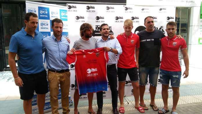 La UD. Torre del Mar presenta el equipo senior con el objetivo de ascender a Primera Andaluza