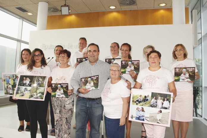 La Diputación de Málaga y Un Sí por la vida presentan un calendario benéfico contra el cáncer