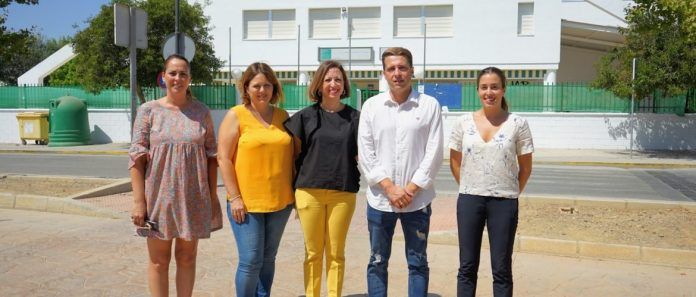"""La secretaria general del PP de Málaga, Patricia Navarro, ha advertido de que el próximo lunes comienza el curso escolar """"y lo hace, al menos en el caso de Málaga, con más aulas prefabricadas que el curso pasado"""