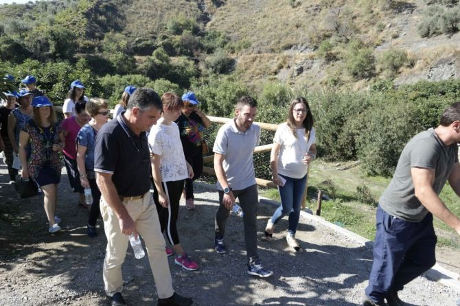 La Diputación acondiciona un sendero hasta el manantial que abastece a Árchez