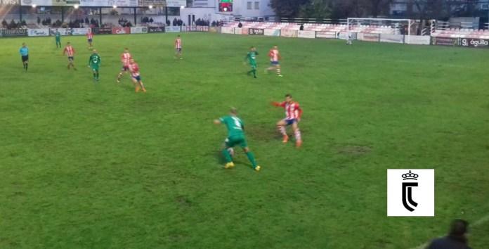 El Vélez araña un punto en Torredonjimeno (1-1)