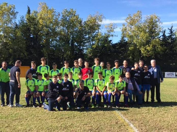 El teniente alcalde, Marcelino Méndez-Trelles asiste a la presentación de los equipos de fútbol de Almayate en la categoría (Cadetes, Alevín y Benjamín)