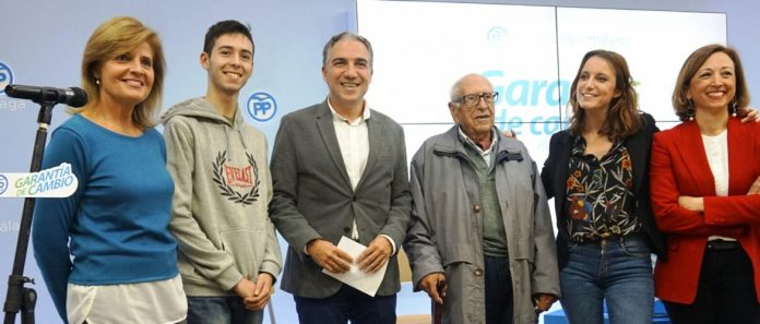 Durante el acto, se ha dado la bienvenida a los nuevos afiliados del Partido Popular de Málaga, que ya suma 34.800 en la provincia.