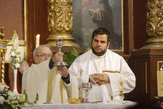 Los padres de Julen asisten a una misa funeral por su hijo en Vélez-Málaga