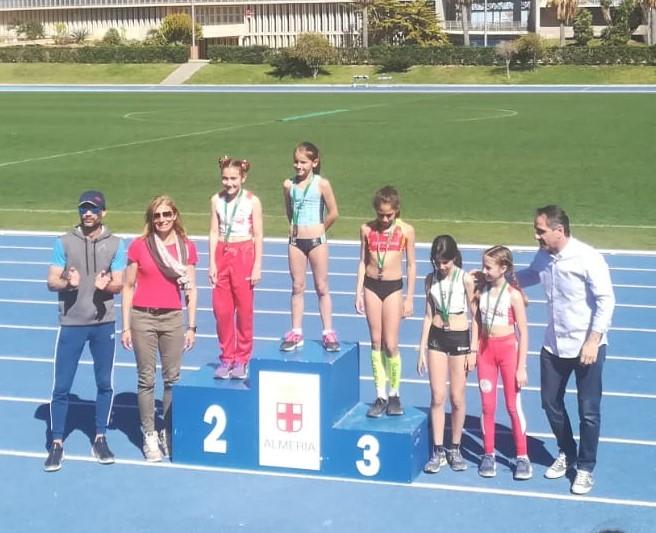 14 medallas para el Atletismo Nerja en los campeonatos de Andalucía Oriental de Triatlón de invierno