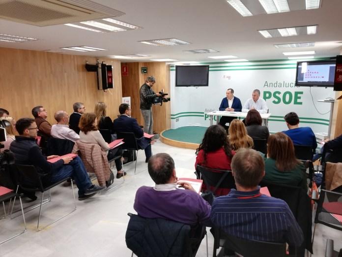 """El PSOE apuesta por una campaña """"limpia y de la verdad"""" frente a la campaña """"embarrada"""" que intentan las derechas"""