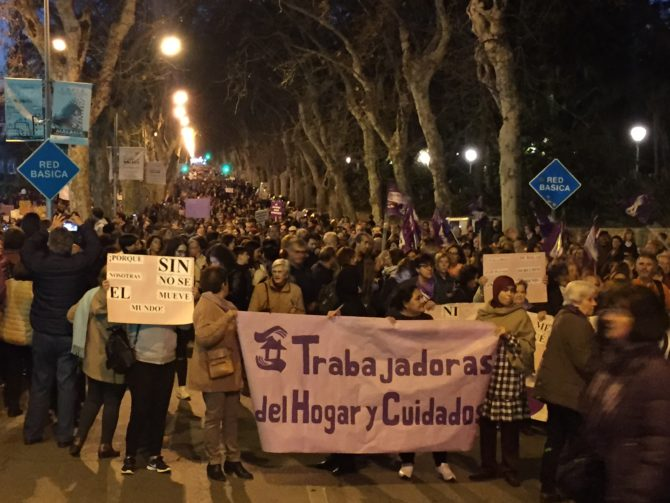 Más de 50.000 personas en la manifestación festiva de Málaga.