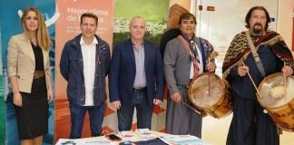 El festival 'Uniendo culturas' contempla, dentro de la campaña promocional 'Torrox sobre ruedas', espectáculos y productos típicos de ambos territorios del 29 al 31 de marzo en la avenida del Faro.