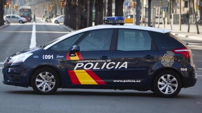 La Policía Nacional detiene a dos personas por estafas que superan los 24.000 euros en la venta fraudulenta de dos vehículos a través de Internet