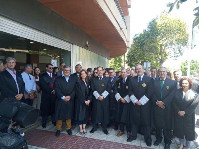 El Colegio de Abogados de Málaga moviliza a jueces, fiscales y procuradores en su lucha por una sede judicial digna en Marbella