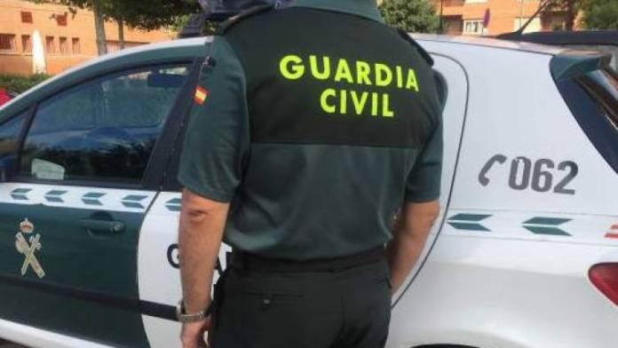 La Guardia Civil detiene a una persona que ocultaba varias tabletas de hachís en el aeropuerto de Málaga