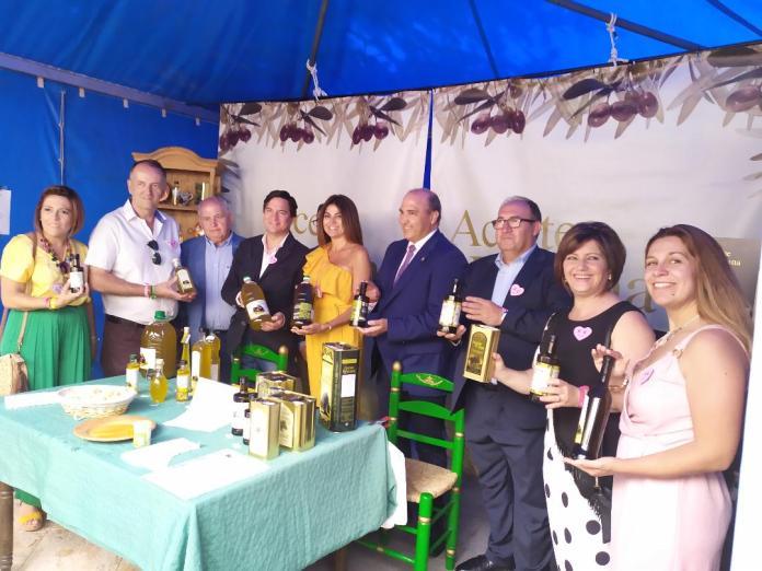 Periana recibe alrededor de 10.000 visitas en el Día del Aceite Verdial