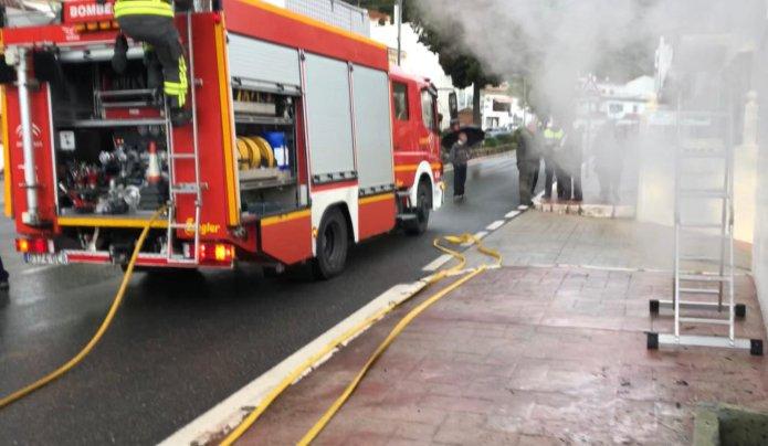 Tres personas afectadas tras registrarse un incendio en una vivienda de Nerja