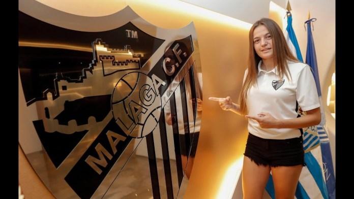 María Ruíz, natural de Almáchar, continuará marcando goles para el Málaga Femenino un año más