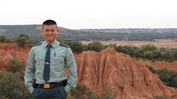El primer guardia civil de origen chino: «Mi pasión es España»