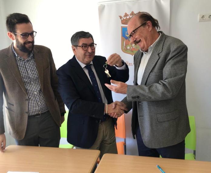 """El Ayuntamiento de Vélez-Málaga """"cumple el mayor sueño de Afadax desde su creación"""""""