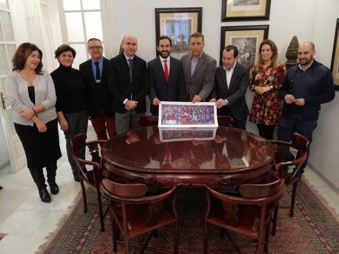 El PSOE de Málaga reclama la Medalla de Andalucía para Eugenio Chicano