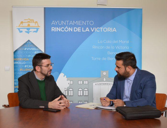 El concejal de Urbanismo de Rincón se reúne con el delegado provincial del Colegio Oficial de Ingenieria en Geomática y Topografía