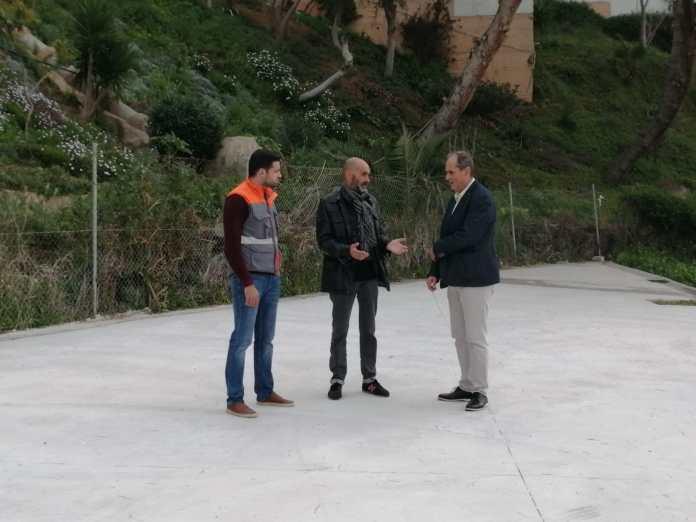 Ultiman los trámites para el inicio de la instalación de un parque infantil en Mezquitilla