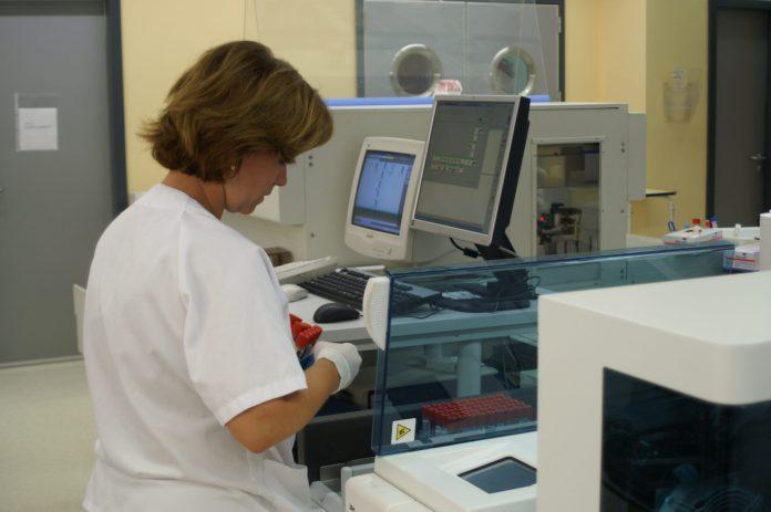 Más de 1.000 profesionales del Área Sanitaria Málaga-Axarquía se formaron en prevención de riesgos laborales durante 2019