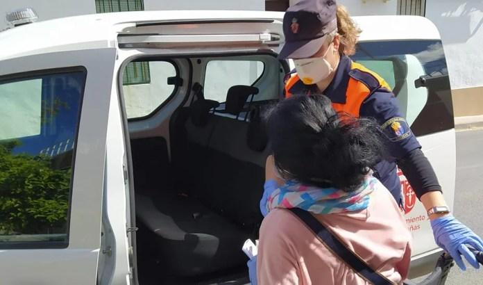 Más de 2.000 voluntarios de Protección Civil ayudan a los servicios de emergencias frente al coronavirus en Andalucía