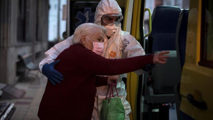 El PSOE valora la posibilidad de llevar a VOX a los tribunales por acusar al Gobierno de aplicar la eutanasia a mayores