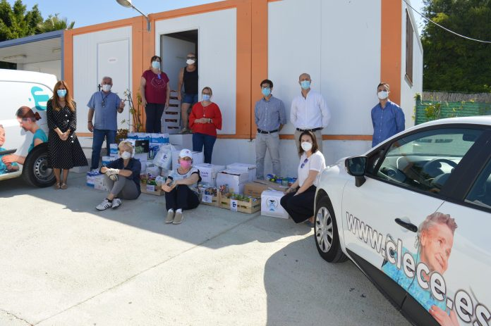 La Concejalía de Bienestar Social y Clece entregan más de dos toneladas de comida a la Asociación Rincón Contigo