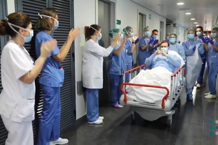 España registra 344 casos y 48 fallecidos, la mayor caída hasta la fecha